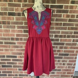 Like new Everly embroidered sleeveless dress